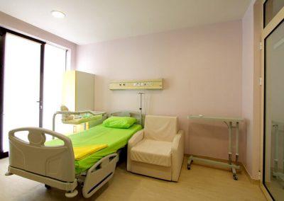 Spitalizare de zi - Spital Lotus ofera servicii medicale in regim de spitalizare de zi in specialitatile chirurgie generala si ginecologie.