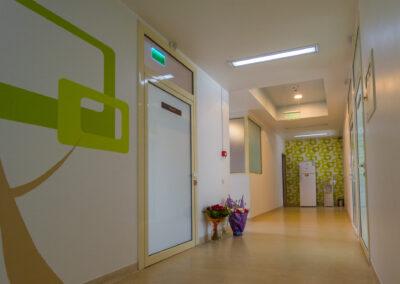 Garda spital Lotus Ploiesti. Spitalul Lotus asigura garda 24/24 pentru urmatoarele specialitati: Ginecologie, ATI, Neonatologie